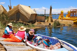 perou_mademoiselle-voyage_lac-titicaca_isla-uros_i-cc-82les-flottantes_31